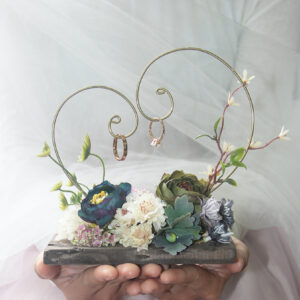 Secret Garden Ring hanger