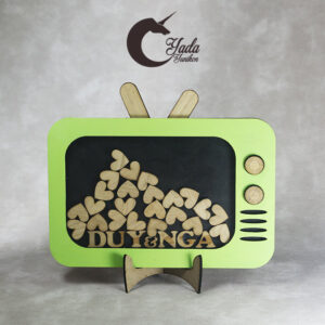 Green TV-Wood hearts-Drop Top Guest book