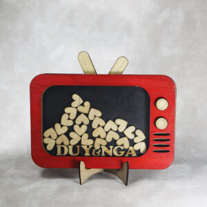 Red TV-Wood hearts-Drop Top Guest book
